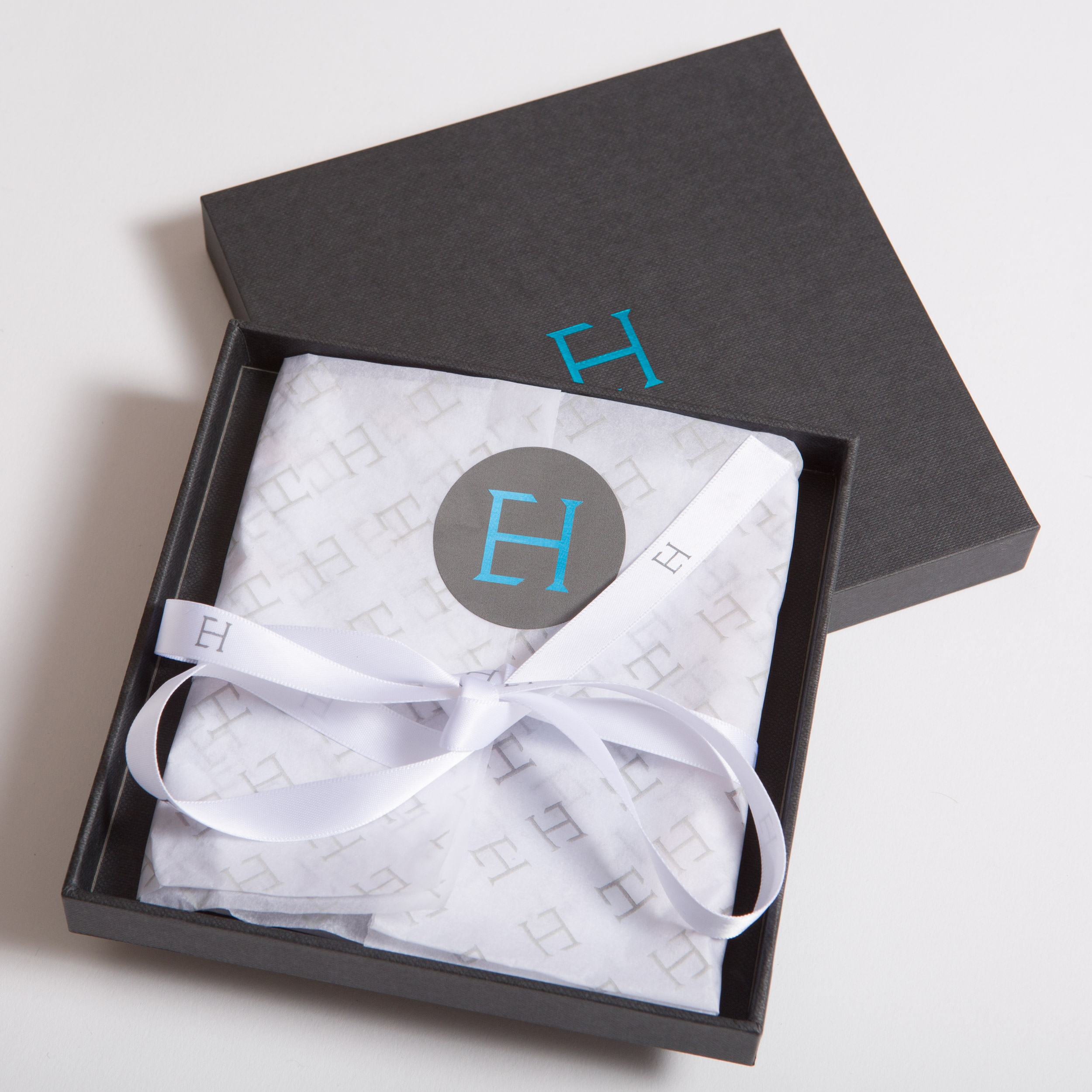 Pocket Square packaging